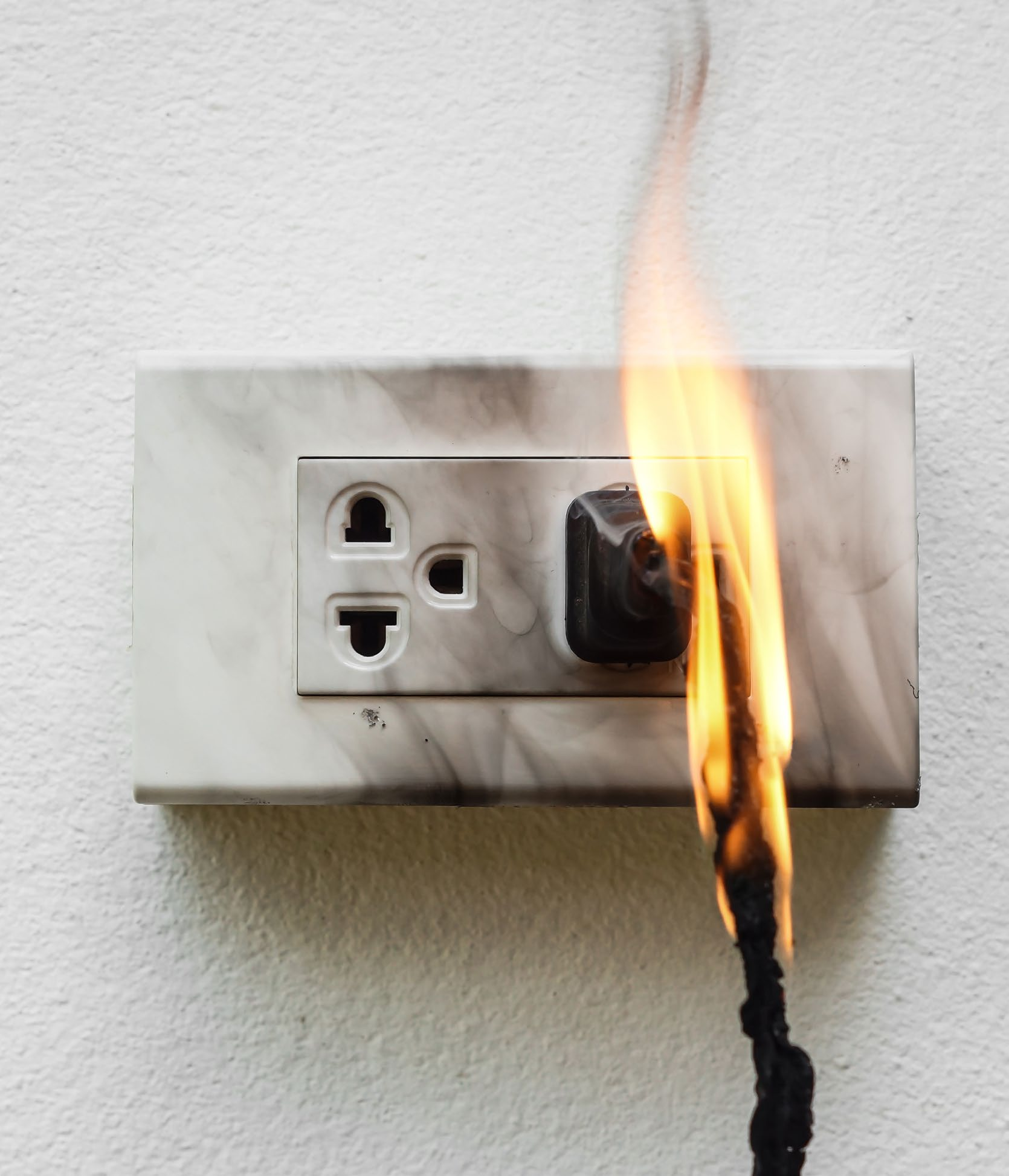 Common Sources Of Electrical Fires And How To Protect Your Business When You Think Potential Fire In Restaurant Is Understandably Low On The List There Are Burners Fryers Griddles